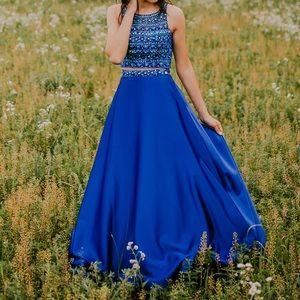 Blush Prom Dress // homecoming // formal dress